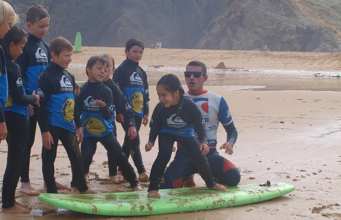 Ecole de Surf : Belle Ile Surf Club 8 - Sauzon