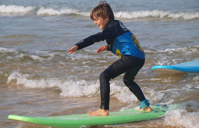 Ecole de Surf : Belle Ile Surf Club 12 - Sauzon