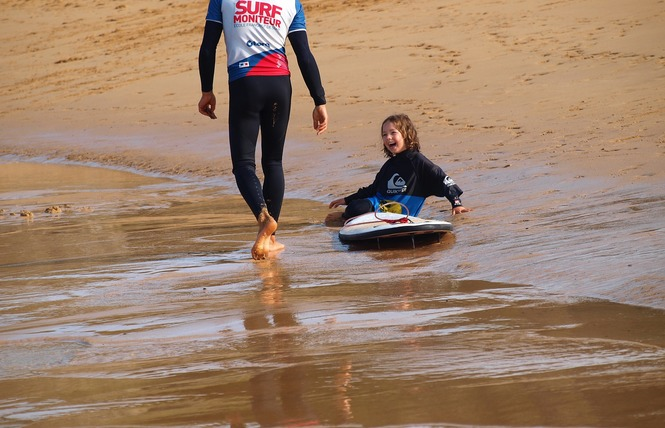 Ecole de Surf : Belle Ile Surf Club 11 - Sauzon