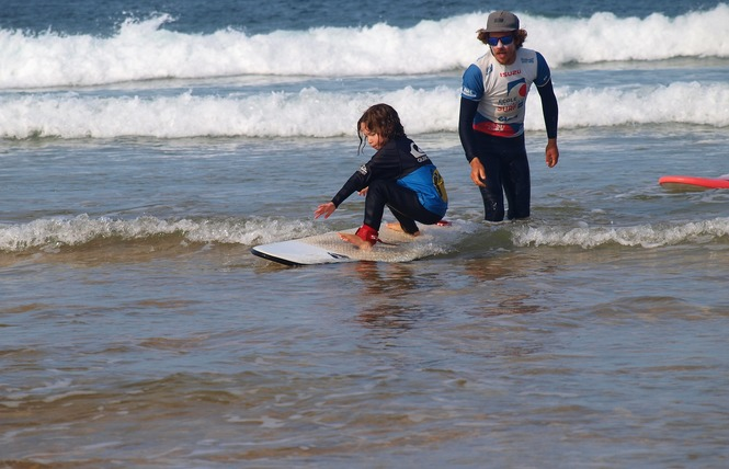 Ecole de Surf : Belle Ile Surf Club 13 - Sauzon
